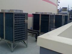 西莱克热水机组图